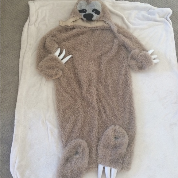 298834b548b54 Full kid size sloth costume. M_5bb78d63035cf148489a7ff5